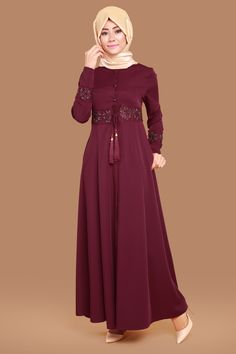 Çiğdem Taş İşli Ferace  Bordo Ürün Kodu: AH2108--> 119.90 TL Islamic Fashion, Muslim Fashion, Modest Fashion, Fashion Dresses, Abaya Designs, Hijab Chic, Beautiful Dresses, Nice Dresses, Abaya Mode