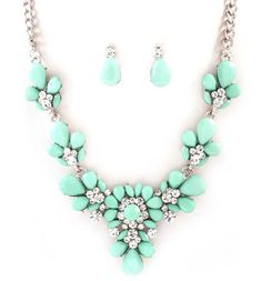 Dianna Necklace in Mint on Emma Stine Limited