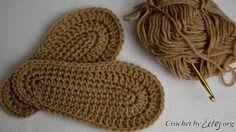 Crochet by Ellej Crochet Boots Pattern, Diy Crochet Patterns, Crochet Shoes, Crochet Slippers, Baby Girl Crochet, Crochet For Boys, Crochet Baby Booties, Knitted Booties, Knitted Hats