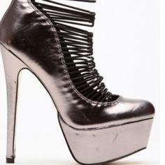 🚫🚫🚫SOLD🚫🚫Metallic Elasticized Platform Pump Metallic  Elasticized Platform Pump Shoes Platforms