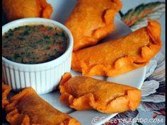Foodista | Columbian Christmas Empanadas