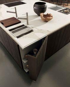 #kitchen #cucine #modulnova #fossatiinterni #monlith #resin #fenix #fly #milano #monza #library #libreria #gray #white #glass #durmast #rovere #boiserie #tap #satin lacquered #metal #bronze #top #stone #gres #kerlite