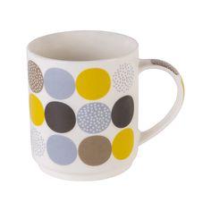 Krus Small Dots #Kremmerhuset #Interior #Inspiration Hygge, Mugs, Tableware, Velvet, Dinnerware, Tablewares, Mug, Place Settings