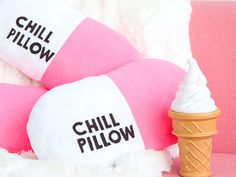 www.nursebuff.com wp-content uploads 2017 11 diy-chill-pillowe-nurse-gifts.jpg
