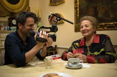 Having picked up fest awards on both sides of the pond, 'Lots of Kids, a Monkey and a Castle,' Gustavo Salmeron's documentary homage to his extraordinary mother, is now making its mark on the Spanish box office. Latest Breaking News, News Latest, Festival 2017, Film Review, Usa News, Monkey, Glenn Kenny, Castle, Life