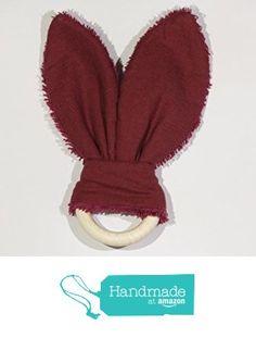 Hochet en oreilles de lapin de couleur rouge - bordeaux à partir des Les Créas de Cydge https://www.amazon.fr/dp/B01NCVS6ID/ref=hnd_sw_r_pi_dp_9bEMyb6N88FNG #handmadeatamazon