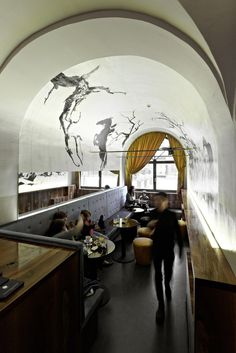 Page 1 of 1 from 4 Hotels Near Erlkoenig Bar, Innsbruck Office Interior Design, Office Interiors, Interior And Exterior, Restaurant Lounge, Restaurant Design, Modern Restaurant, Innsbruck, Best Office, Restaurants