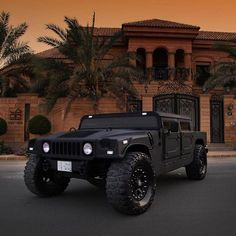 The extremely offroad hummer Hummer H1, Hummer Cars, Hummer Truck, Jeep Truck, Cool Trucks, Big Trucks, Cool Cars, Offroader, Sweet Cars