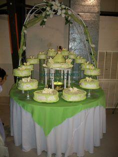 3 flavors cakes mocha w/mocha filling 3 milks,vanilla w/peaches filling 3 milks, and orenge cake w/coconut & pineapple filling and vanilla cream cheese buttercream!