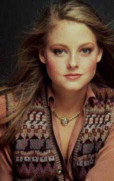 Jodie Foster-Gosh, she's so pretty!