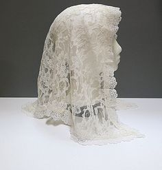 Lace Mantilla Creamy White Head Covering Vintage by CoconutRoad