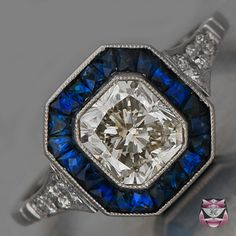 Champagne colored diamond 1.18 cts - Vivid Royal-blue Sapphires- Very Good Clarity - Cut: French Tapered Baguette 1.0 cts