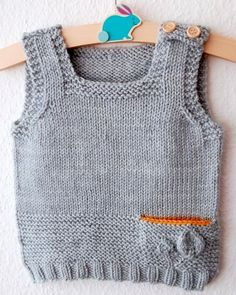 Petites Feuilles Vest pattern by Lisa Chemery – Knitting patterns, knitting designs, knitting for beginners. Baby Boy Knitting, Knitting For Kids, Knitting For Beginners, Baby Knitting Patterns, Baby Boy Sweater, Baby Cardigan, Ravelry, Baby Hut, Pull Bebe