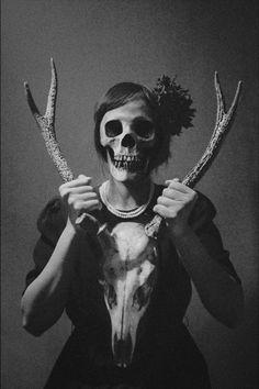 mask; masque; mascara; maske; maska;