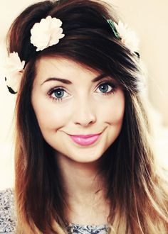 Zoella is a perfect human Zoe sugg = perfection pretty,stylish,amazing Zoella Beauty, Hair Beauty, Pretty People, Beautiful People, Amazing People, Gorgeous Women, Beyonce, Juste Zoe, Zoe Sugg
