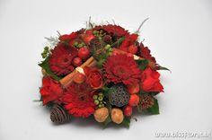 Mooi rood is niet lelijk... http://www.bissfloral.nl/blog/2013/12/06/mooi-rood-is-niet-lelijk/
