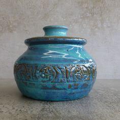 Vintage Australian Pottery Storage Jar with Lid or Crock by John Kemety. 1950s - 1960s