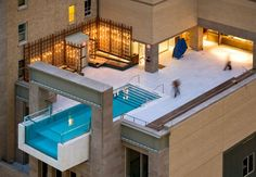 Piscine au design spectaculaire à Dallas, The Joulle Hotel Pool. Amazing Architecture, Interior Architecture, Miami Architecture, Residential Architecture, Interior Design, Interior Ideas, Piscina Do Hotel, Amazing Swimming Pools, Awesome Pools