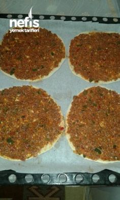 Homemade Lahmacun (Full Size) – Delicious Recipes - My CMS Light Appetizers, Bread Appetizers, Fingerfood Baby, Turkish Recipes, Ethnic Recipes, Turkish Pizza, Yummy Recipes, Good Food, Yummy Food