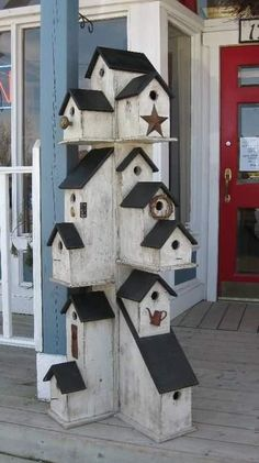 1000+ images about bird houses on Pinterest | Birdhouses, Bird ...
