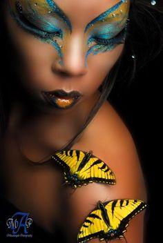 Clear gems accent a artistic butterfly blue and yellow make-up look themed. - Beauty Tips & Tricks Exotisches Makeup, Costume Makeup, Beauty Makeup, Makeup Looks, Dress Makeup, Makeup Salon, Airbrush Makeup, Makeup Ideas, Helloween Make Up