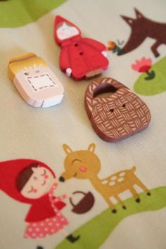 Red riding hood buttons