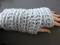 Perhaps the quickest ever wrist warmers to make and enjoy! Made with less than two 50g balls of the lovely Sirdar Big Bamboo I worked these up in around 40 minutes. As you can see a pair of warmers like this go well over thinner gloves keeping your hands warm without obstructing your hands at work. Equally good without.