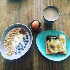 TheHallstand.com (@christinescharfetter) • Instagram-Fotos und -Videos Oatmeal, Photo And Video, Breakfast, Videos, Instagram, Food, The Oatmeal, Morning Coffee, Meals