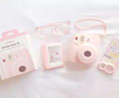 Polaroid Camera White With Film Polaroid Instax Mini, Poloroid Camera, Fujifilm Instax Mini 8, Fuji Instax, Mini 8 Camera, Cute Camera, Polaroid Pictures, Barbie, Vintage Cameras