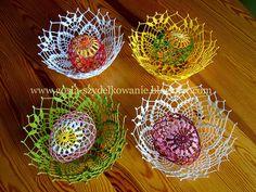 super Ideas for crochet basket easter projects Crochet Scarf For Beginners, Crochet Scarf Easy, Crochet Bowl, Crochet Baby Beanie, Crochet Mittens, Easter Crochet, Crochet For Kids, Crochet Pillow Patterns Free, Crochet Shoes Pattern