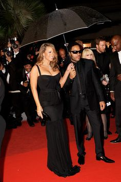 Mariah Carey Photos - (UK TABLOID NEWSPAPERS OUT) Mariah Carey and Lenny Kravitz attend the Precious Red Carpet held at the Palais des Festivals during the 62nd International Cannes Film Festival on May 15, 2009 in Cannes, France.  (Photo by Dave Hogan/Getty Images) * Local Caption * Mariah Carey;Lenny Kravitz - Precious Red Carpet - 2009 Cannes Film Festival
