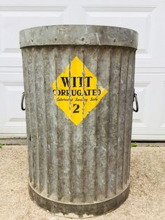 Antique Witt Garbage Can Corrugated Galvanized Heavy Duty, With Paper Label Garbage Truck, Garbage Can, Vintage Trucks, Matisse, Vintage Items, Label, Canning, Antiques, Classic