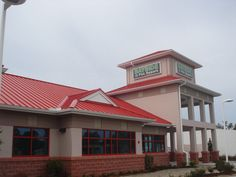 Metal roofing installed by Mullet's Aluminum