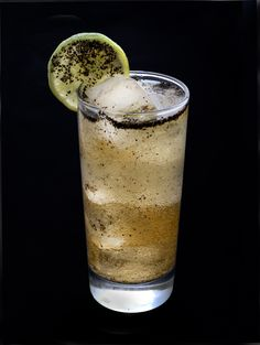 EASY RIDER 1.5 oz. Bulldog Gin 0.75 oz. Fresh Lime 0.75 oz. Orgeat (almond syrup) Top with Ginger Beer and Fresh Cracked Pepper Served in Highball