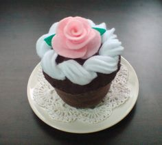 Felt Cupcakes Pattern Set - Chocolate Cupcake, Whipped Cream, Felt Rose Fondant (Felt Patterns via Email) - Thumbnail 1