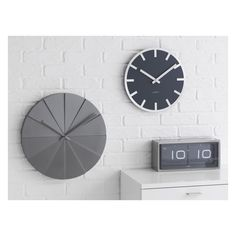 LEFF Black 24 hour flip clock