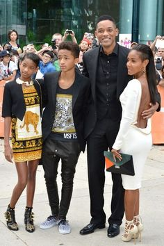 "Will, Jada, Willow & Jaden Smith ""Family is EVERYTHING""!"