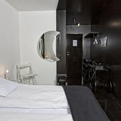 http://www.fosshotel.is/hotels/fosshotel-in-reykjavik/fosshotel-lind/photos/