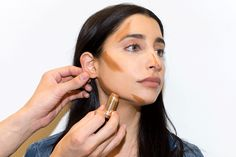 How to Finally Master Contouring in 4 Easy Steps