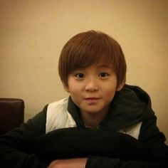 Read predebut from the story shit nct says by mmykink (ㅤ) with reads. [ someone requested to post funny nct pre debut pics since I posted. Mark Lee, Nct Dream, Vlive Nct, K Pop, Got7, Meme Photo, Nct 127 Mark, Lee Min Hyung, Pre Debut