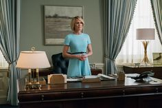 """Claire Underwood bucks House of Cards's traditional dark, somber palette for this bright sheath. Can we call it """"Robin Wright-egg"""" blue? Robin Wright, Brooks Brothers, House Of Cards Season 5, Claire Underwood Style, Behind Every Great Man, Hollywood Homes, Hollywood Stars, Fitted Black Dress, Red Louboutin"""