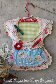 Free Crochet Pattern For Clothespin Bag : 1000+ ideas about Clothes Pin Bags on Pinterest Peg Bag ...