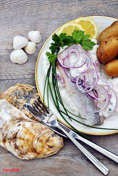Dieses Rezept für Matjes nach Hausfrauenart ist leicht nachzumachen