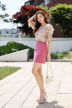 Korean Women`s Fashion Shopping Mall, Styleonme. Two Piece Long Dress, Two Piece Pants Set, Two Piece Outfit, Pretty Asian, Beautiful Asian Women, Skirt And Top Set, Skirt Set, Asian Woman, Asian Girl