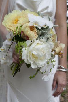 Floral Design by bluemagnoliaevents.com