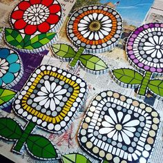Best 11 I'm always amazed how much difference the grout makes! Swipe to compare before and after. Custom Stained Glass, Stained Glass Art, Mosaic Glass, Mosaic Crafts, Mosaic Projects, Art Projects, Mosaic Wall Art, Mosaic Tiles, Mosaic Artwork