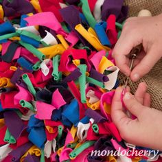A small bite of mondocherry: making a rag rug...