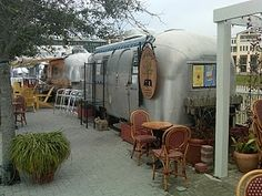 Want an airstream so bad- not as a restaurant though- as my own private retreat- I can picture it now!!!