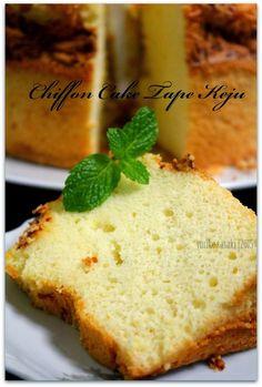 Dapoer Joglo: Chiffon Cake Tape Keju Indonesian Desserts, Indonesian Food, Indonesian Recipes, Brownie Cupcakes, Cake Cookies, Food N, Food And Drink, Resep Cake, Japanese Cheesecake