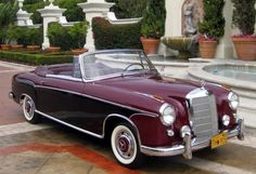 i would drive it in black Mercedes Benz Coupe, Mercedes Benz 220, Old Mercedes, Classic Mercedes, Mercedes Benz Cars, Classic Motors, Classic Cars, Convertible, Old School Cars